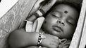 Baby in hangmat