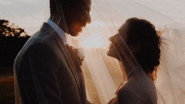 bruiloft / getrouwd koppel