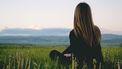 Vrouw die na haar scheiding weer vooruit kan kijken