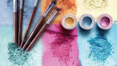 Make-up op tafel