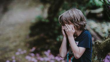 kind is aan het huilen