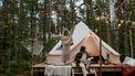 stelletje kampeert: iets wat veel mensen op hun bucketlist hebben staan