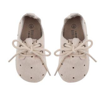 schoentjes met stippen voor baby