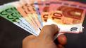 Waaier van duizend euro in biljetten
