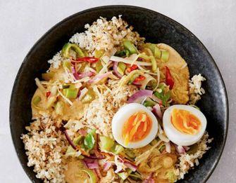 bloemkoolrijst met gele curry