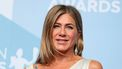 jennifer aniston adoptie