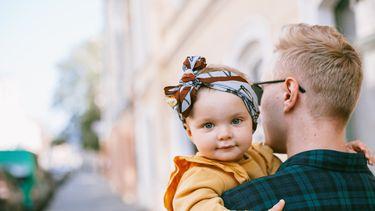 Vader met dochter die een oerhollandse meisjesnaam heeft