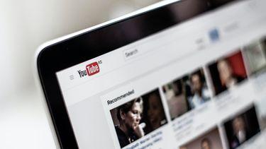 youtube op laptopscherm