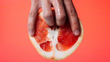 seksleven / vingers in bloedsinaasappel