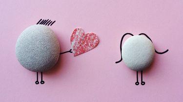 ex / uitbeelden van liefde met stenen