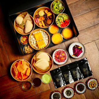 Asian High Tea van Han Tin