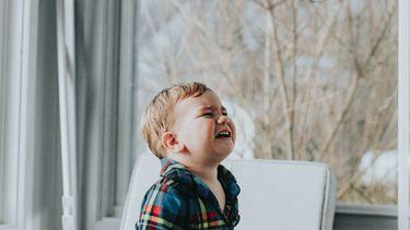 Omkoperij kind nadelen / huilend jongetje