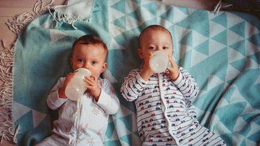 water drinken baby
