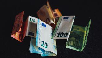 Opgevouwen Euro briefjes