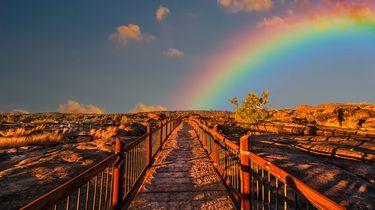 Een regenboog in de lucht, die dienst kan doen om nachtmerries te verhelpen